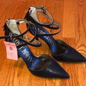 Shoes - NWT heels